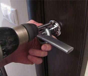 Замена замка с ручкой входной двери